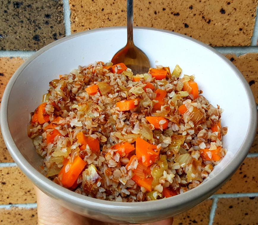 buckwheat with onions carrot