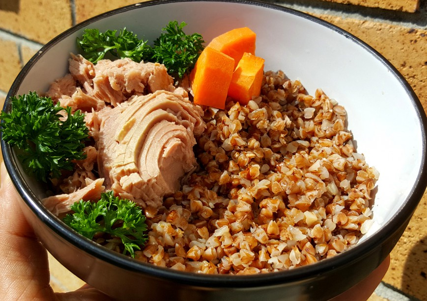 roasted buckwheat with tuna